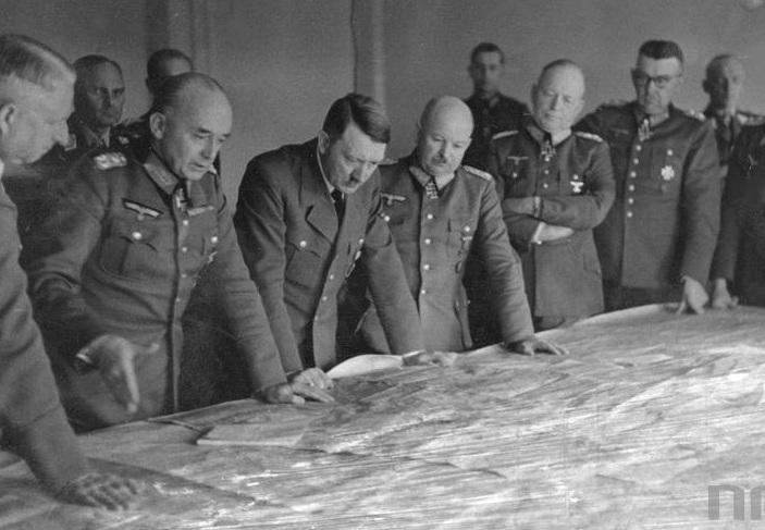 Hitler ve generaller